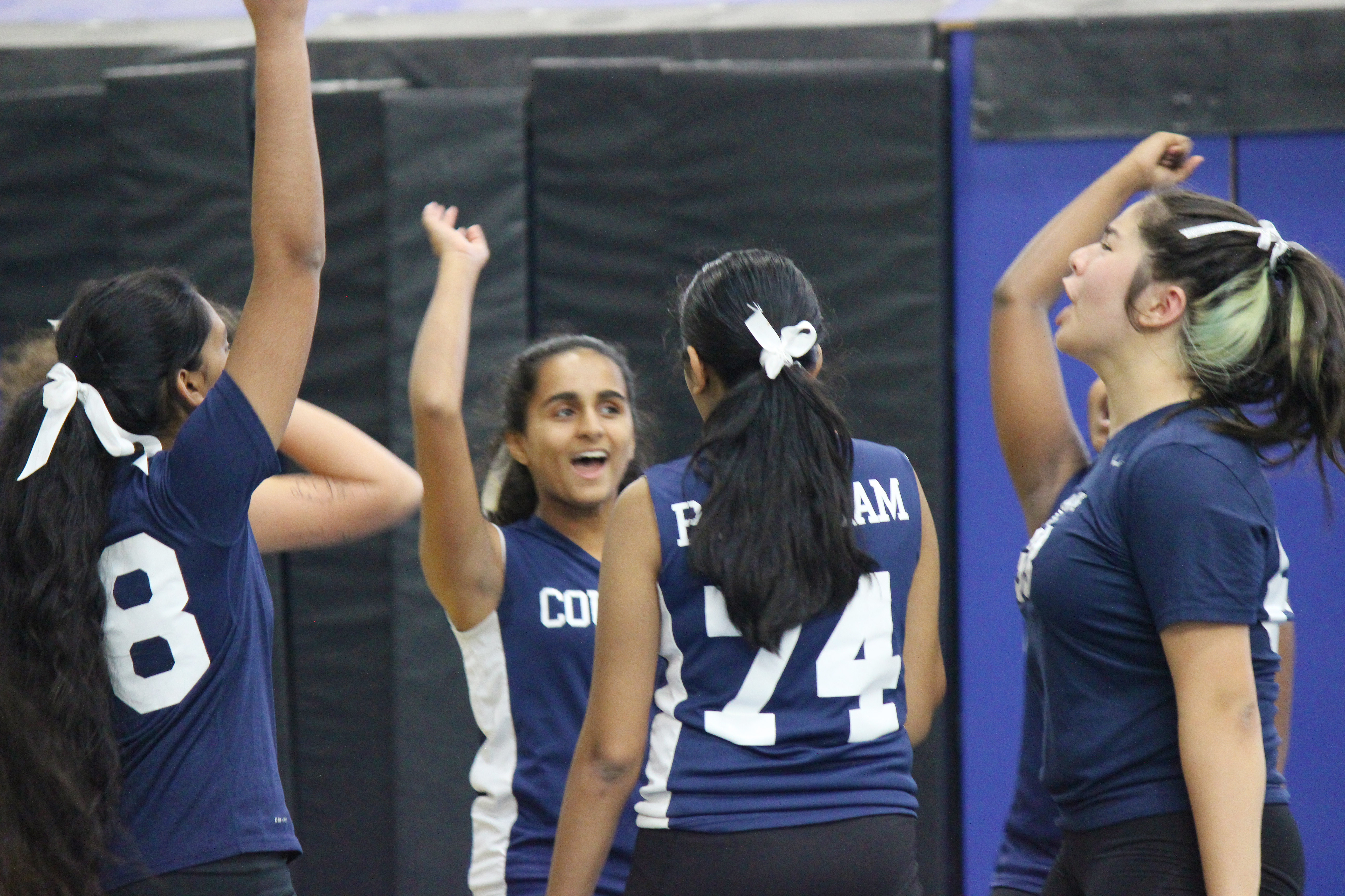 QLS Middle School Girls Volleyball